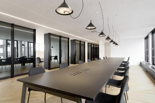 Nội thất văn phòng khơi nguồn cảm hứng làm việc sáng tạo, nhiệt huyết trào dâng. Trong tích tắc hô biến không gian làm việc ký tưởng