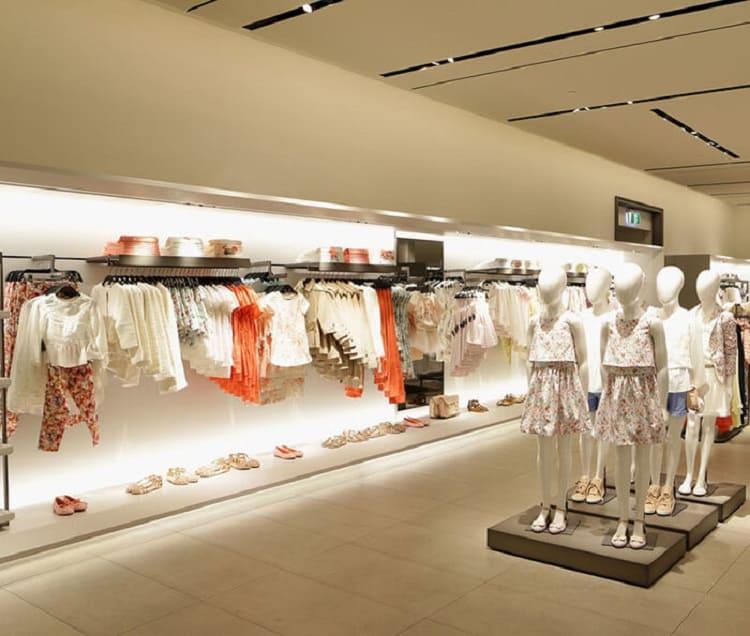 cửa hàng quần áo cho bé